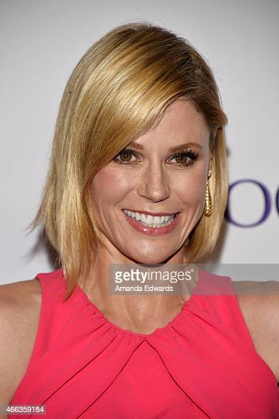 Actress Julie Bowen arrives at The Paley Center For Media's 32nd Annual PALEYFEST LA Modern Family event at the Dolby Theatre on March 14 2015 in...