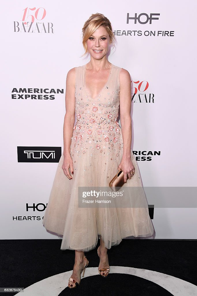 Actress Julie Bowen attends Harper's BAZAAR celebration of the 150 Most Fashionable Women presented by TUMI in partnership with American Express, La Perla and Hearts On Fire at Sunset Tower Hotel on January 27, 2017 in West Hollywood, California.