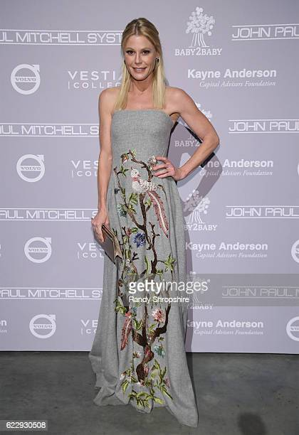 Actress Julie Bowen attends the Fifth Annual Baby2Baby Gala Presented By John Paul Mitchell Systems at 3LABS on November 12 2016 in Culver City...