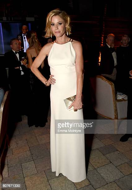 Actress Julie Bowen attends the FOX Broadcasting Company FX National Geographic And Twentieth Century Fox Television's 68th Primetime Emmy Awards...