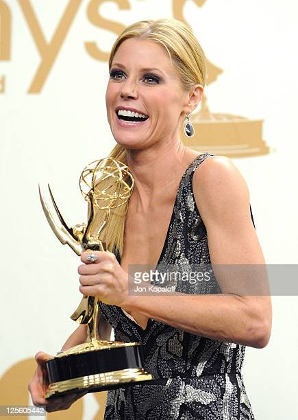 Actress Julie Bowen poses in the press room at the 63rd Primetime Emmy Awards held at Nokia Theatre LA Live on September 18 2011 in Los Angeles...