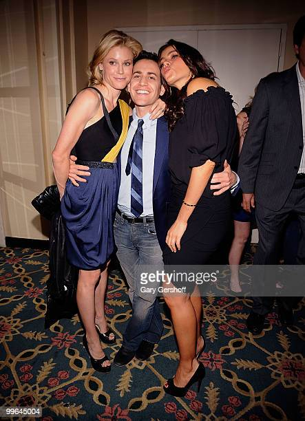 Actress Julie Bowen producer Jason Winer and actress Sofia Vergara attend the 69th Annual Peabody Awards at The Waldorf=Astoria on May 17 2010 in New...