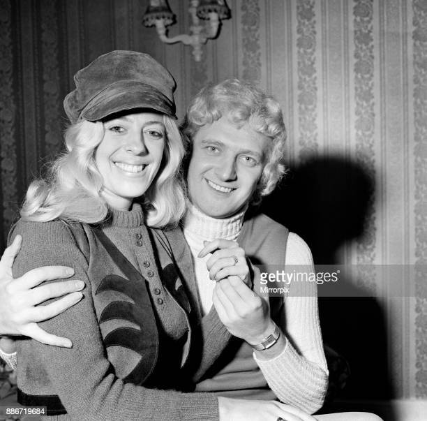 Actress Julie Goodyear and singer Jack Diamond have announced their engagement 19th November 1971