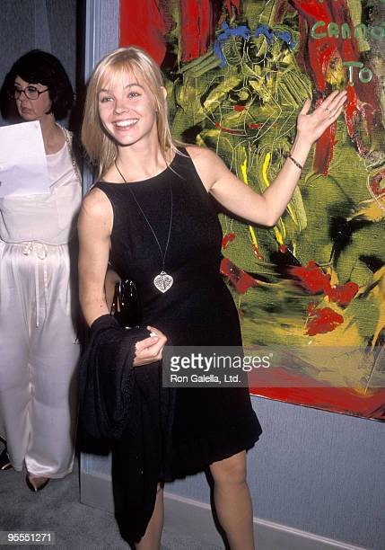 Actress Julie McCullough attends Sylvester Stallone's Artwork Exhibtion on September 10, 1990 at Hanson Galleries in Beverly Hills, California.