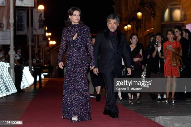 Actress Juliette Binoche and director Hirokazu Koreeda attend 'La Verite ' premiere during 67th San Sebastian Film Festival at Victoria Eugenia...