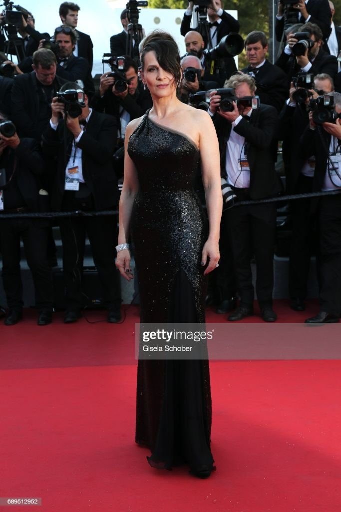 Actress Juliette Binoche attends the Closing Ceremony during the 70th annual Cannes Film Festival at Palais des Festivals on May 28, 2017 in Cannes, France.