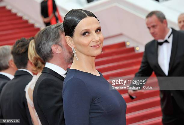 Actress Juliette Binoche attends the 'Slack Bay ' premiere during the 69th annual Cannes Film Festival at the Palais des Festivals on May 13 2016 in...