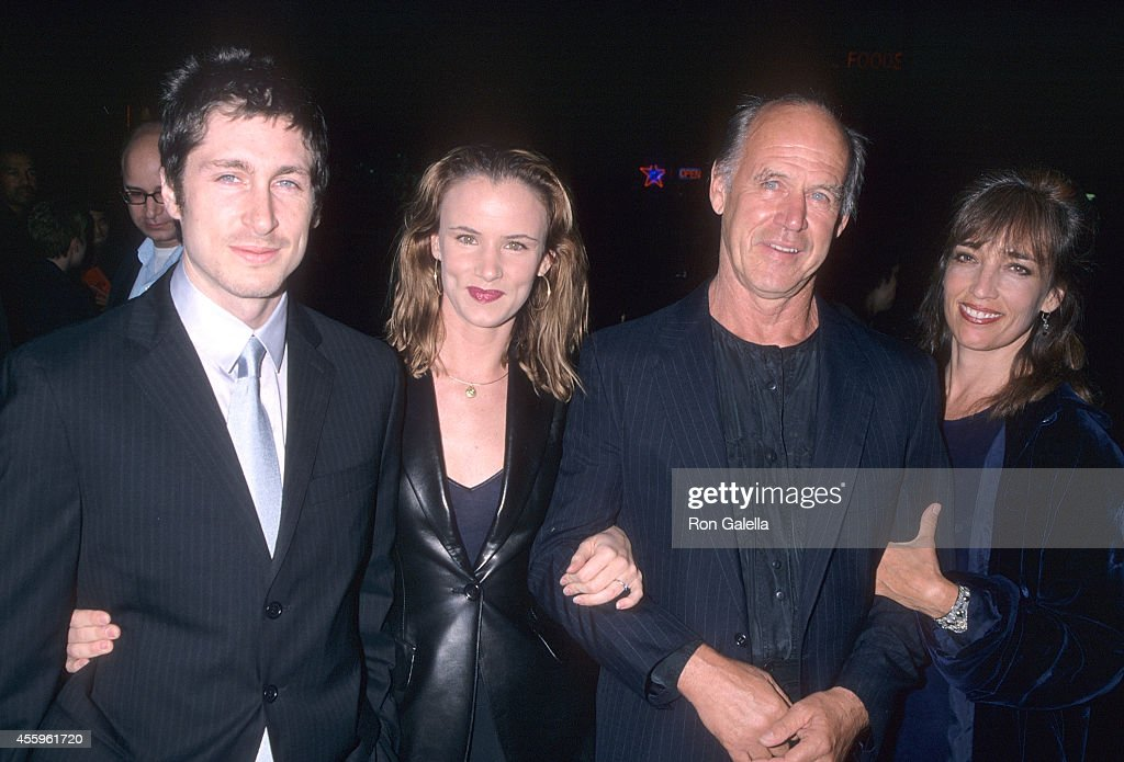 Actress Juliette Lewis and husband Steve Berra, actor Geoffrey Lewis and wife Paula Hochhalter attend 'The Way of the Gun' Hollywood Premiere on August 29, 2000 at the Egyptian Theatre in Hollywood, California.