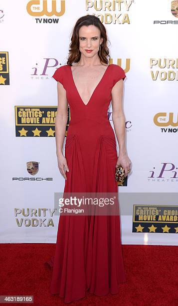 Actress Juliette Lewis arrives at the 19th Annual Critics' Choice Movie Awards at Barker Hangar on January 16 2014 in Santa Monica California