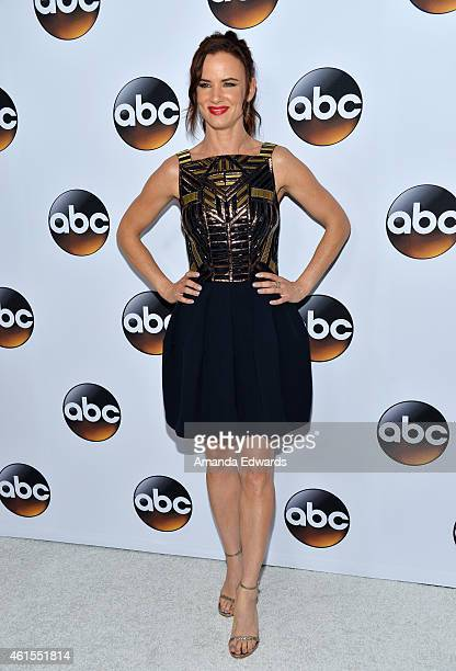 """Actress Juliette Lewis arrives at the ABC TCA """"Winter Press Tour 2015"""" Red Carpet on January 14, 2015 in Pasadena, California."""