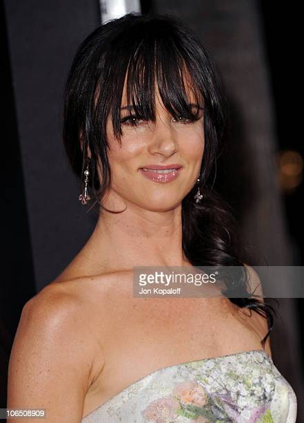 Actress Juliette Lewis arrives at the Los Angeles Premiere 127 Hours at AMPAS Samuel Goldwyn Theater on November 3 2010 in Beverly Hills California