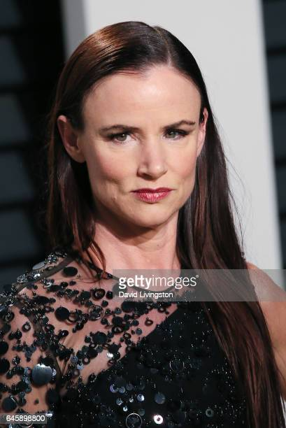 Actress Juliette Lewis attends the 2017 Vanity Fair Oscar Party hosted by Graydon Carter at the Wallis Annenberg Center for the Performing Arts on...