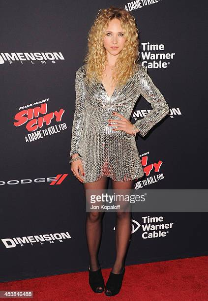 Actress Juno Temple arrives at the Los Angeles Premiere Sin City A Dame To Kill For at TCL Chinese Theatre on August 19 2014 in Hollywood California