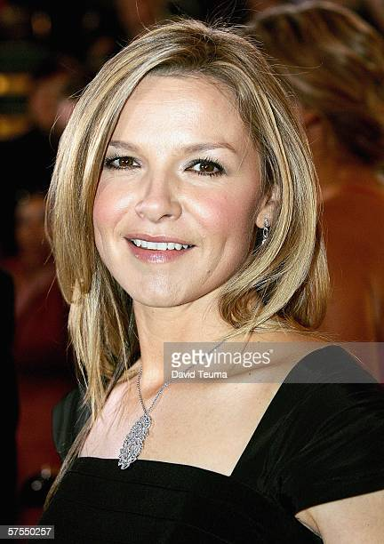 Actress Justine Clarke poses as she arrives for the 2006 TV Week Logie Awards at the Crown Entertainment Complex on May 7 2006 in Melbourne Australia