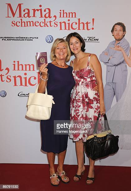 Actress Jutta Speidel and her daughter Antonia attend the world premiere of 'Maria Ihm Schmeckt's Nicht' on July 27 2009 in Munich Germany