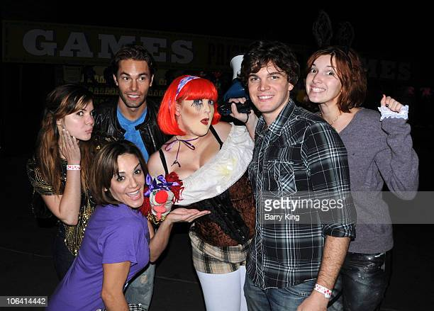 Actress Kaili Thorne comic/actress JillMichele Melean actor Zack Silva actor Jake White and actress Dani Thorne attend Knott's Scary Farm Halloween...