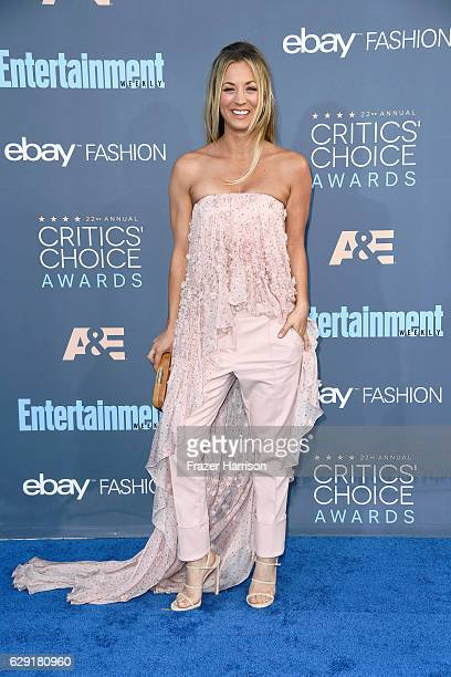 Actress Kaley Cuoco attends The 22nd Annual Critics' Choice Awards at Barker Hangar on December 11 2016 in Santa Monica California