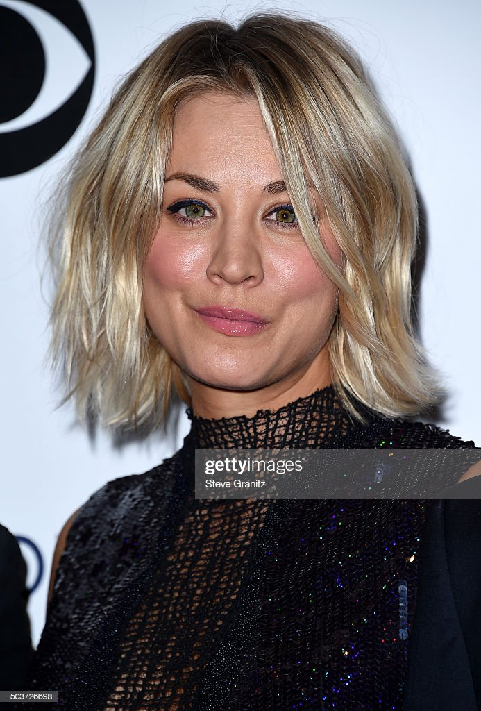 Actress Kaley Cuoco poses in the press room during the People's Choice Awards 2016 at Microsoft Theater on January 6, 2016 in Los Angeles, California.