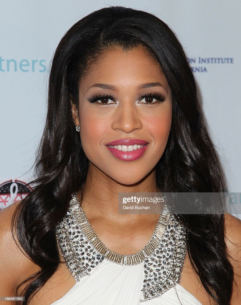 Actress Kali Hawk attends The Coalition For At-Risk Youth (CARRY) 'Shall We Dance' Gala at The Beverly Hilton Hotel on May 11, 2013 in Beverly Hills, California.