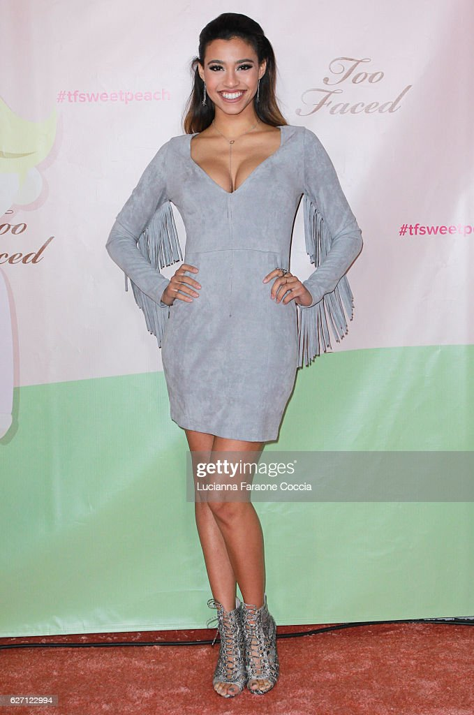 Actress Kara Royster attends Too Faced Cosmetics launch of their Sweet Peach Collection for spring 2017 at The Lot on December 1, 2016 in West Hollywood, California.