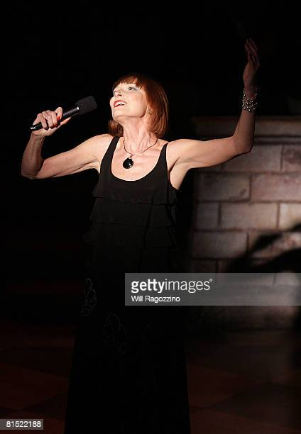 Actress Karen Akers performs at the 64th Annual Theatre World Awards at the Helen Hayes Theatre June 10 2008 in New York City