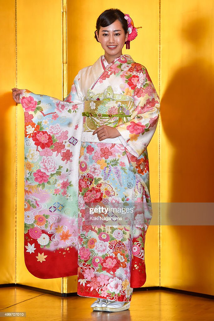 Actress Karen Miyazaki attends the New Year's Kimono photocall for Oscar Promotion on December 3, 2015 in Tokyo, Japan.