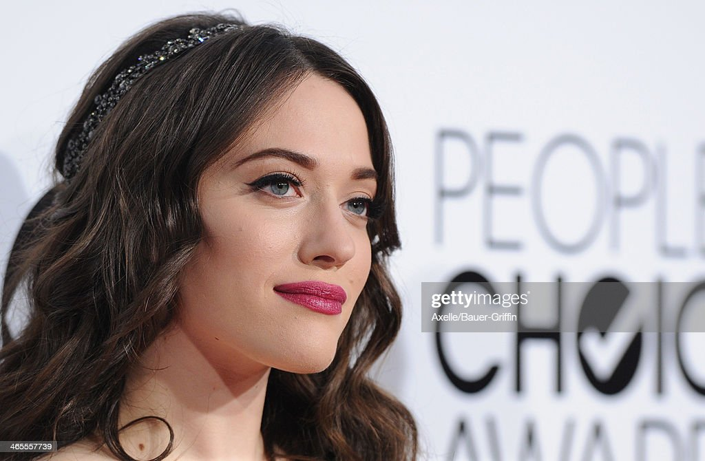 Actress Kat Dennings arrives at The 40th Annual People's Choice Awards at Nokia Theatre L.A. Live on January 8, 2014 in Los Angeles, California.