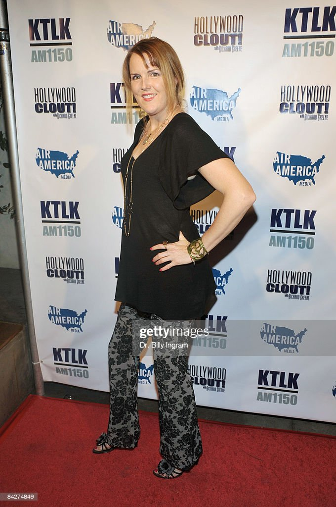 Actress Kate Atkinson Attends The West Coast Pre Inauguration Party News Photo Getty Images Kate atkinson was born in york and now lives in edinburgh. https www gettyimages com detail news photo actress kate atkinson attends the west coast pre news photo 84274849