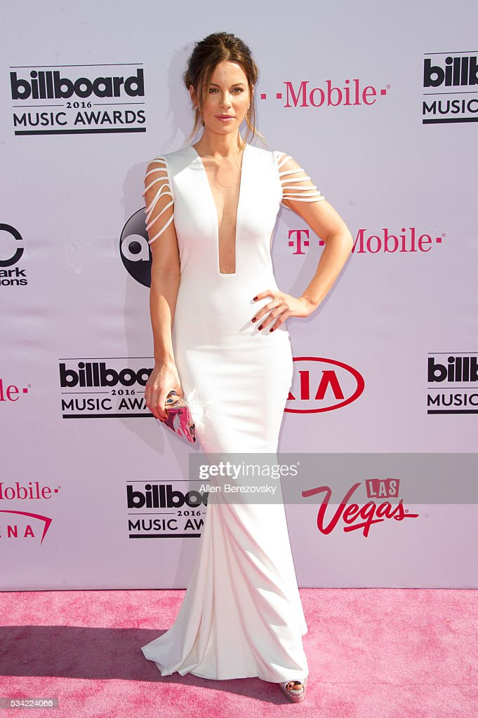 Actress Kate Beckinsale arrives at the 2016 Billboard Music Awards at T-Mobile Arena on May 22, 2016 in Las Vegas, Nevada.