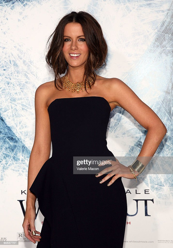 Actress Kate Beckinsale arrives at the premiere of Warner Bros' 'Whiteout' on September 9, 2009 in Westwood, Los Angeles, California.