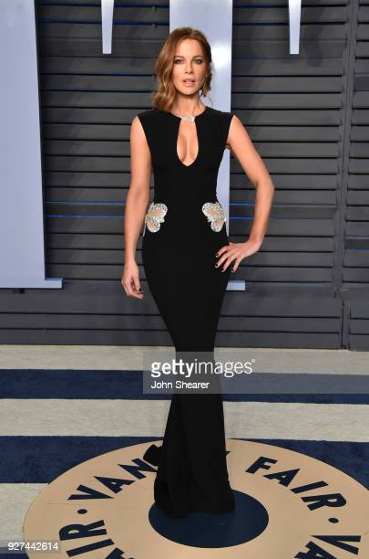Actress Kate Beckinsale attends the 2018 Vanity Fair Oscar Party hosted by Radhika Jones at Wallis Annenberg Center for the Performing Arts on March...