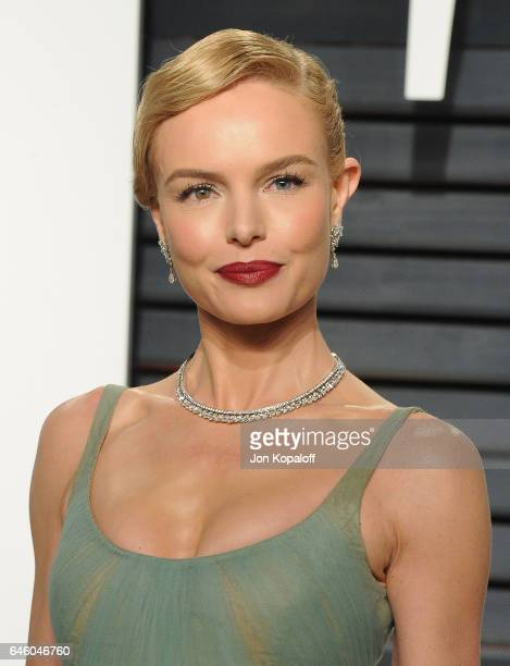 Actress Kate Bosworth arrives at the 2017 Vanity Fair Oscar Party Hosted By Graydon Carter at Wallis Annenberg Center for the Performing Arts on...
