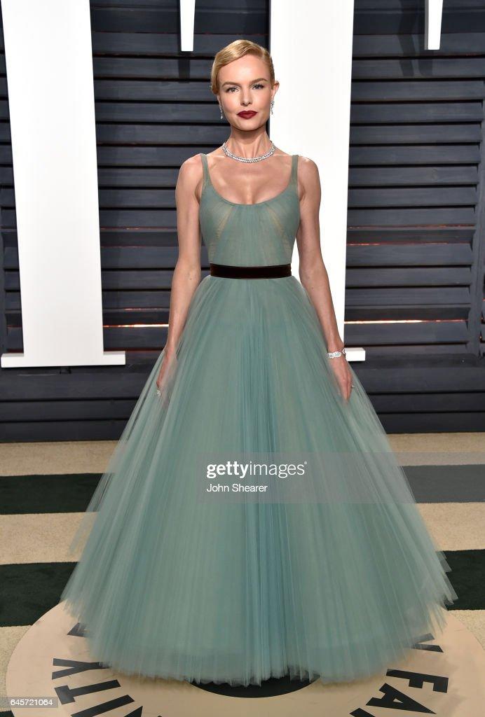 2017 Vanity Fair Oscar Party Hosted By Graydon Carter - Arrivals : News Photo