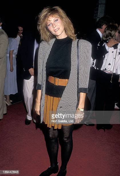 Actress Kate Capshaw attends the Surrender Westwood Premiere on October 5 1987 at the Mann Plaza Theatre in Westwood California