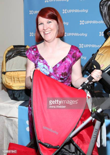 Actress Kate Flannery attends the HBO Luxury Lounge in honor of the 62nd Primetime Emmy Awards held at The Four Seasons Hotel on August 28 2010 in...
