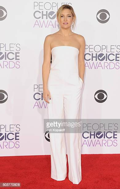 Actress Kate Hudson arrives at People's Choice Awards 2016 at Microsoft Theater on January 6 2016 in Los Angeles California