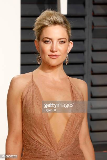 Actress Kate Hudson attends 2017 Vanity Fair Oscar Party Hosted By Graydon Carter at Wallis Annenberg Center for the Performing Arts on February 26...