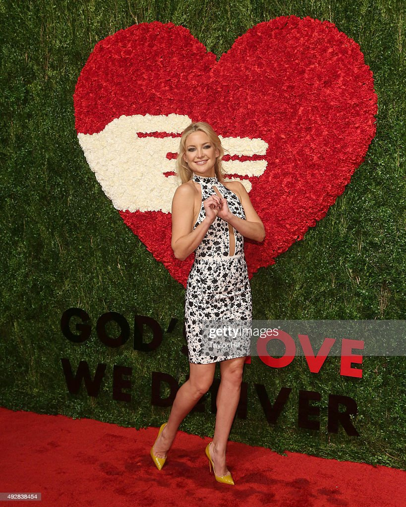 Actress Kate Hudson attends the 2015 God's Love WE Deliver Golden Heart Awards at Spring Studios on October 15, 2015 in New York City.