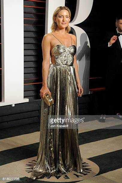 Actress Kate Hudson attends the 2016 Vanity Fair Oscar Party hosted By Graydon Carter at Wallis Annenberg Center for the Performing Arts on February...