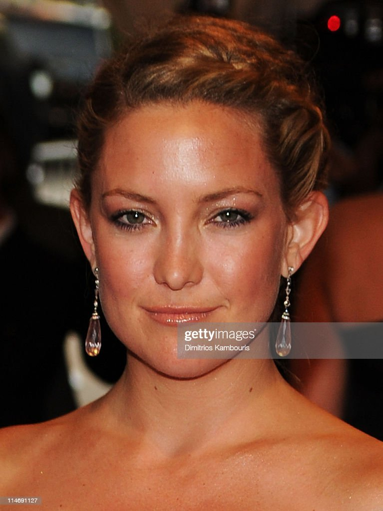 Actress Kate Hudson attends the Costume Institute Gala Benefit to celebrate the opening of the 'American Woman: Fashioning a National Identity' exhibition at The Metropolitan Museum of Art on May 3, 2010 in New York City.