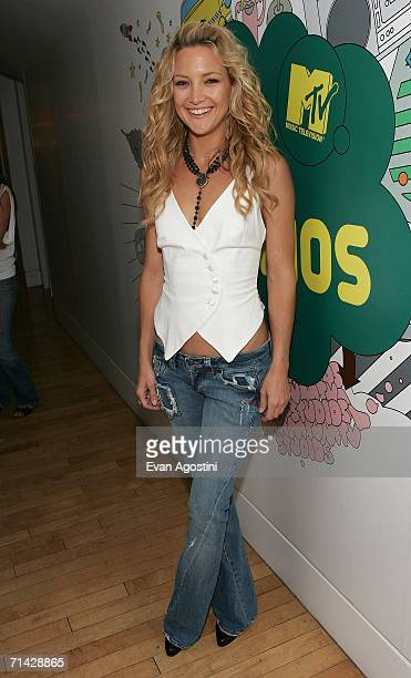 Actress Kate Hudson poses backstage after an appearance on MTV's Total Request Live at MTV Studios July 12 2006 in New York City