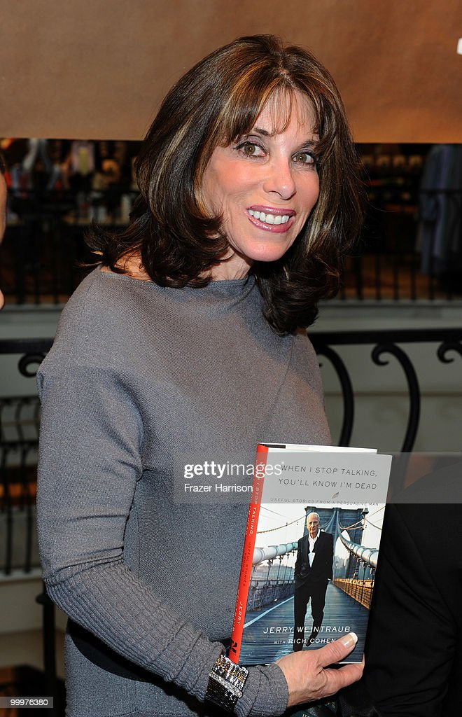 actress kate linder attends barneys new york celebrates the release photo d 39 actualit getty. Black Bedroom Furniture Sets. Home Design Ideas