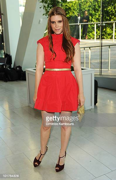 Actress Kate Mara attends the 2010 CFDA Fashion Awards at Alice Tully Hall Lincoln Center on June 7 2010 in New York City