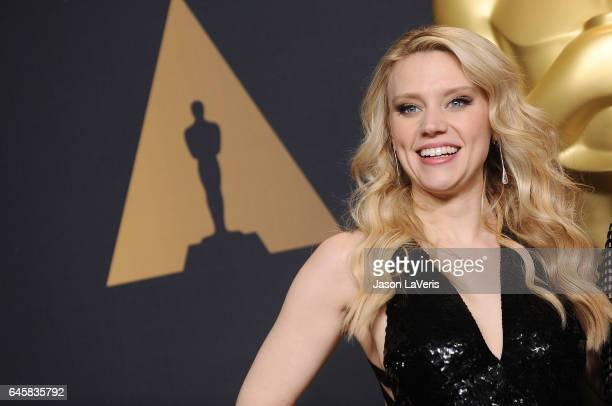 Actress Kate McKinnon poses in the press room at the 89th annual Academy Awards at Hollywood Highland Center on February 26 2017 in Hollywood...