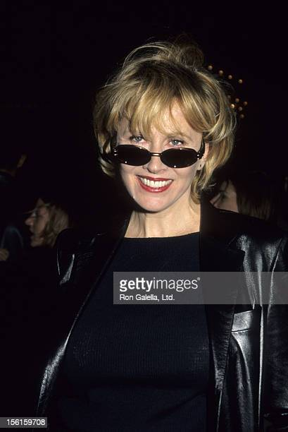 Actress Kate Nelligan attends the premiere of 'The Cider House Rules' on November 14 1999 at the Ziegfeld Theater in New York City