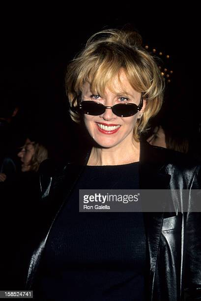 Actress Kate Nelligan attends the premiere of The Cider House Rules on November 14 1999 at the Ziegfeld Theater in New York City