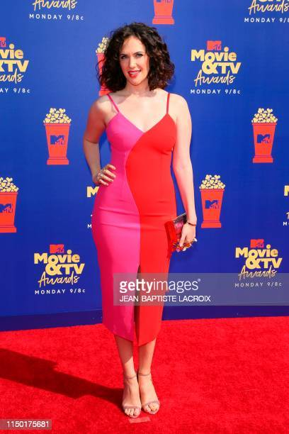 US actress Kate Siegel arrives for the 2019 MTV Movie TV Awards at the Barker Hangar in Santa Monica on June 15 2019 The 2019 MTV Movie TV Awards...