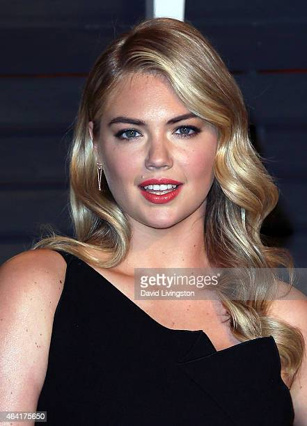 Actress Kate Upton attends the 2015 Vanity Fair Oscar Party hosted by Graydon Carter at the Wallis Annenberg Center for the Performing Arts on...
