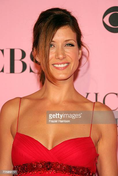 Actress Kate Walsh arrives at the Victoria's Secret Fashion Show held at the Kodak Theatre on November 16 2006 in Hollywood California The show will...