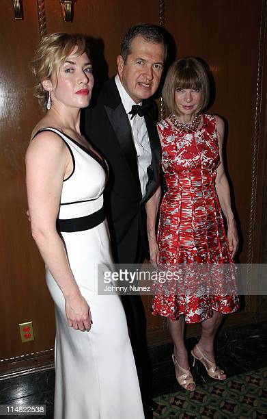 Actress Kate Winslet acclaimed photographer and honoree Mario Testino and editorinchief of American Vogue Anna Wintour attend the El Museo Del Barrio...